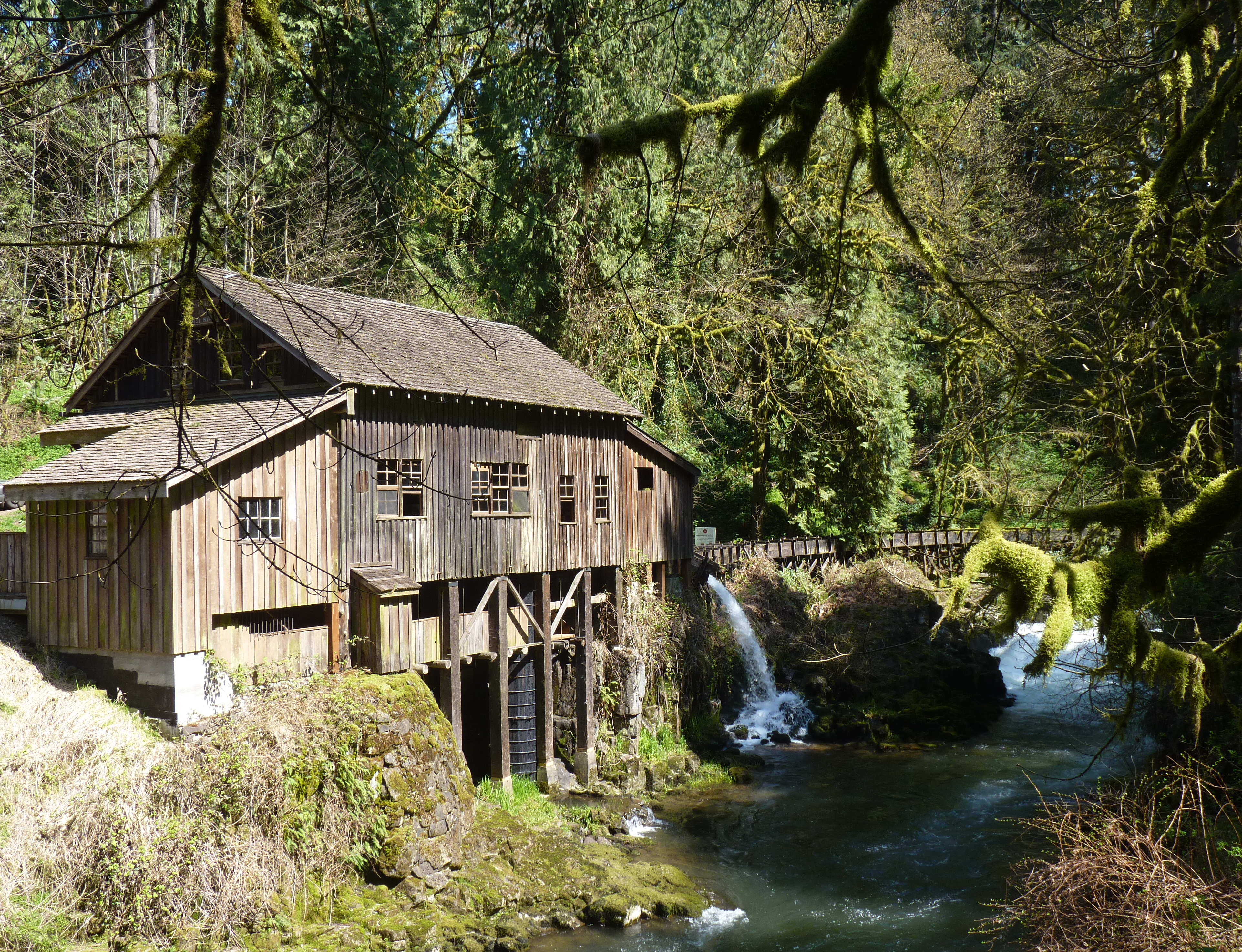 Cedar creek grist mill mark petruska for The cedar mill