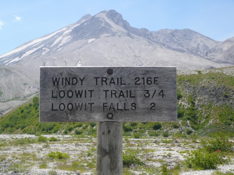 Loowit Trail Sign
