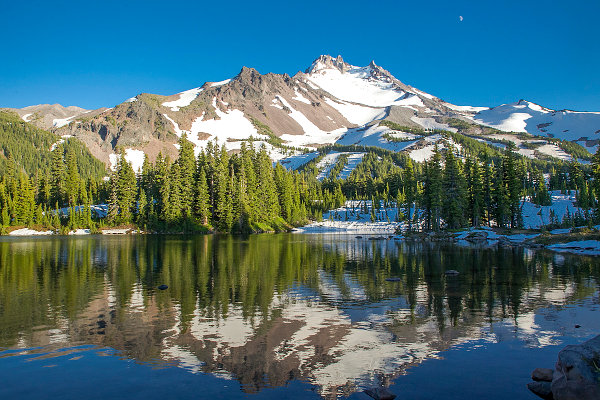 Images like this made me long for the Pacific Northwest.